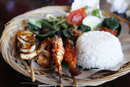 Serunya Jelajah Kuliner Indonesia di Ubud Food Festival 2017