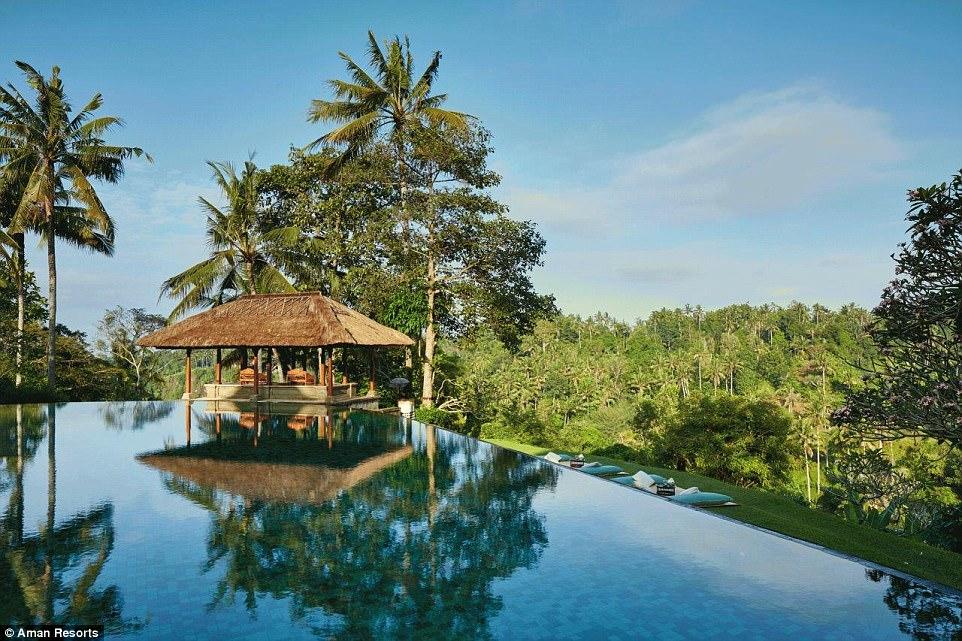 Ini Dia Infinity Pool Terbaik di Dunia, Ada di Indonesia Juga Lho!