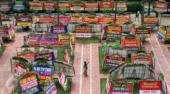 wisata karangan bunga balai kota