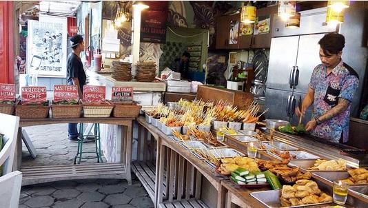 Cafe Tiga Tjeret, Angkringan Kekinian yang Bikin Betah Nongkrong