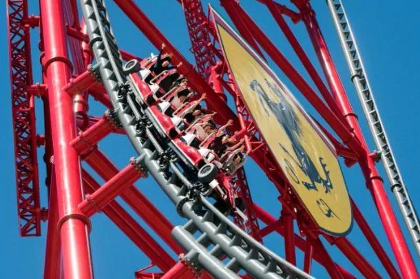 rollercoaster tercepat dan tertinggi di eropa