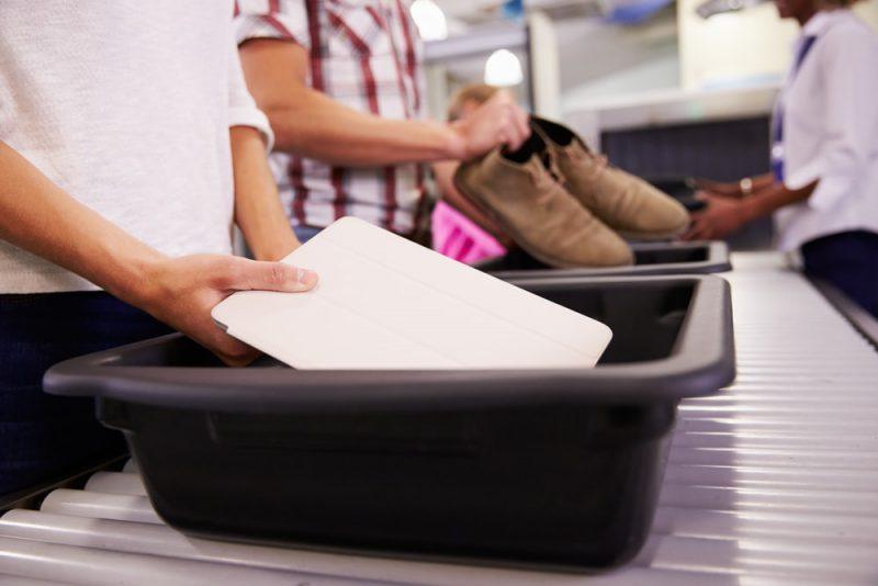 Tips agar tidak ketinggalan pesawat