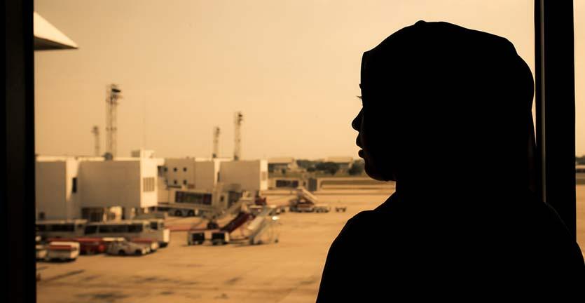Mahasiswi Berjilbab Asal Indonesia Mendapatkan Perlakuan Tak Menyenangkan di Bandara Italia
