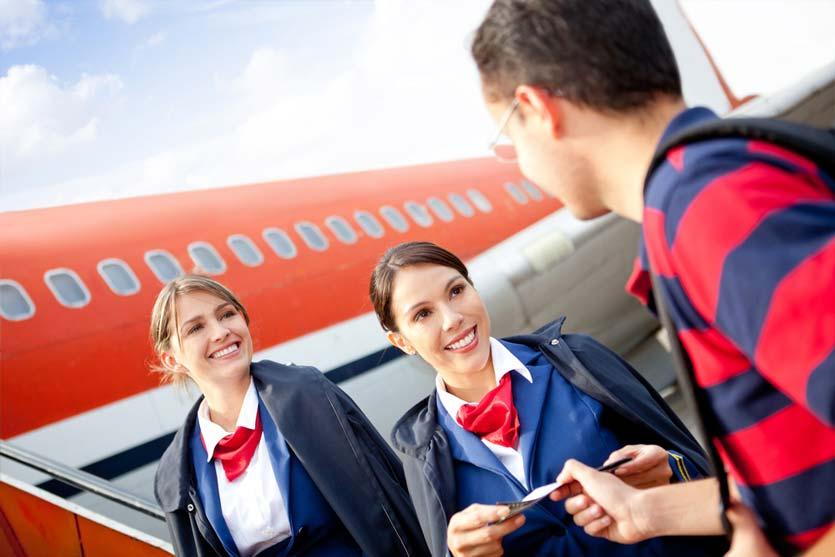 Jangan Senang dulu, Ini yang Sebenarnya Diperhatikan Pramugari saat Kamu Masuk ke Pesawat
