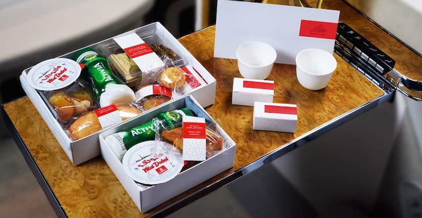 Begini Hidangan Buka Puasa Istimewa di Pesawat Qatar Airways dan Emirates