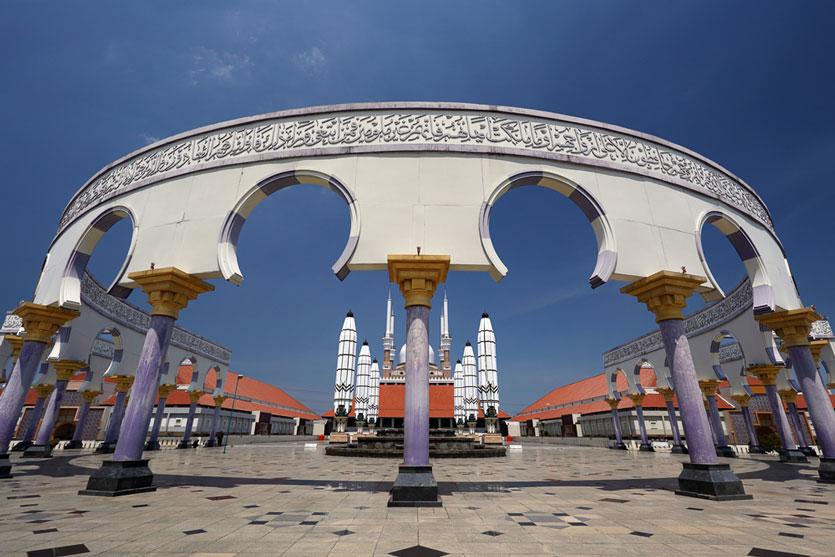 5 Masjid Unik dan Cantik di Indonesia untuk Destinasi Wisata Religi saat Ramadan
