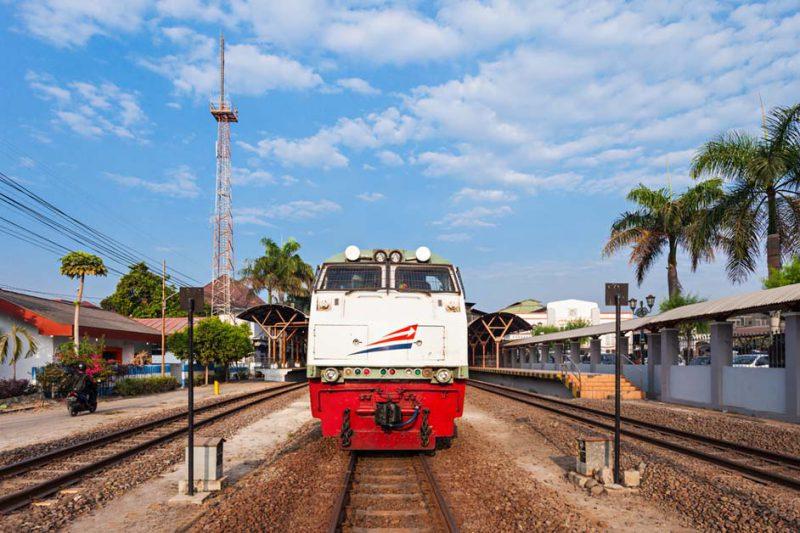 mudik dengan kereta api
