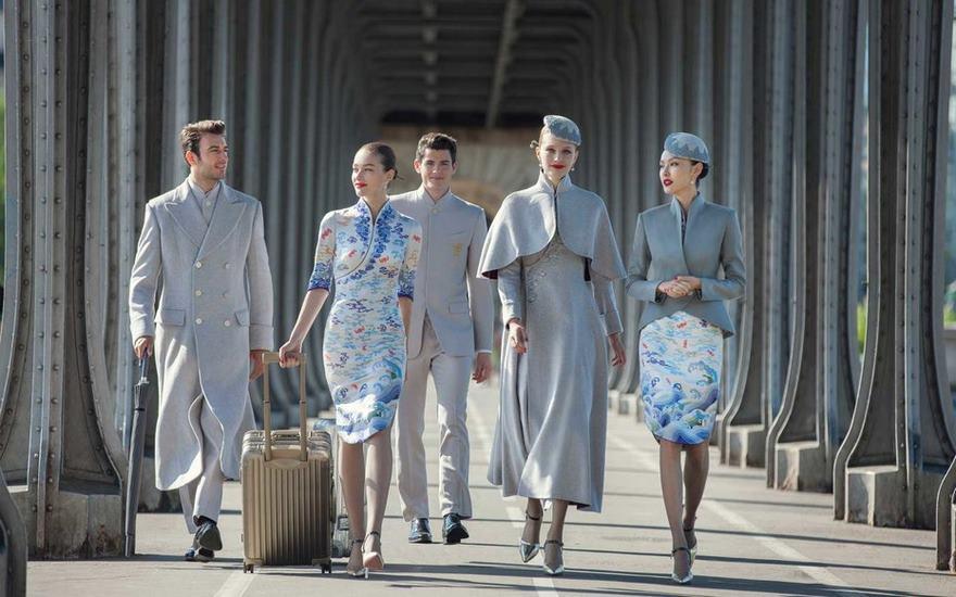 Seragam Pramugari dari Hainan Airlines Dijamin Bikin Minder Maskapai Penerbangan Lain
