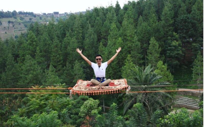 13 Wahana di Dago Dream Park Bikin Momen Liburan Makin Seru