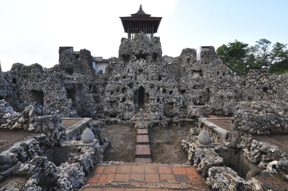 8 Tempat Wisata di Cirebon yang Paling Hits yang Harus Didatangi Waktu Liburan