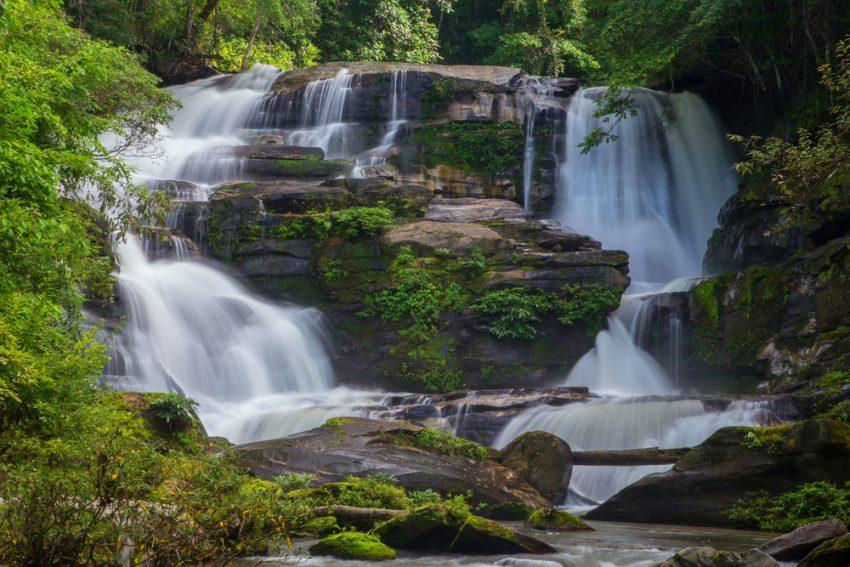 Air Terjun Jumog, Surga Eksotis dari Karanganyar yang Bisa Bikin Jatuh Cinta