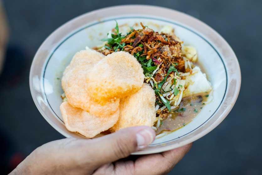 17 Tempat Wisata Kuliner Di Bandung Dari Yang Murah Hingga