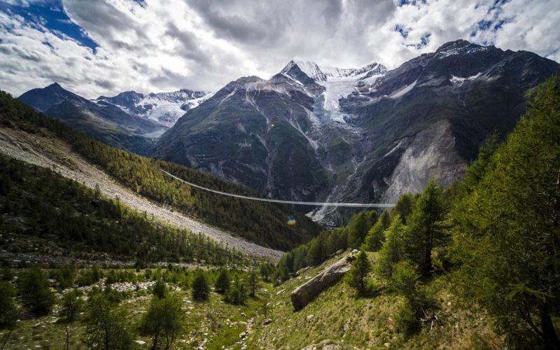 jembatan gantung terpanjang di dunia (1)