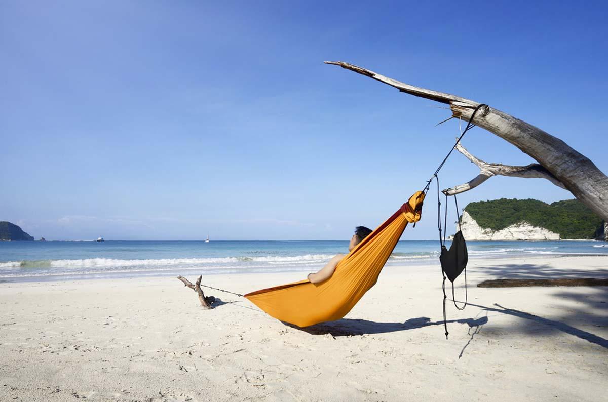 Eloknya Pantai Tarimbang Sumba Timur Nusa Tenggara Timur