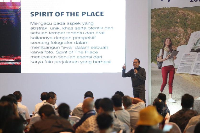 5 Tips Mendapatkan Foto Indah Saat Traveling Ala Sandy Wijaya