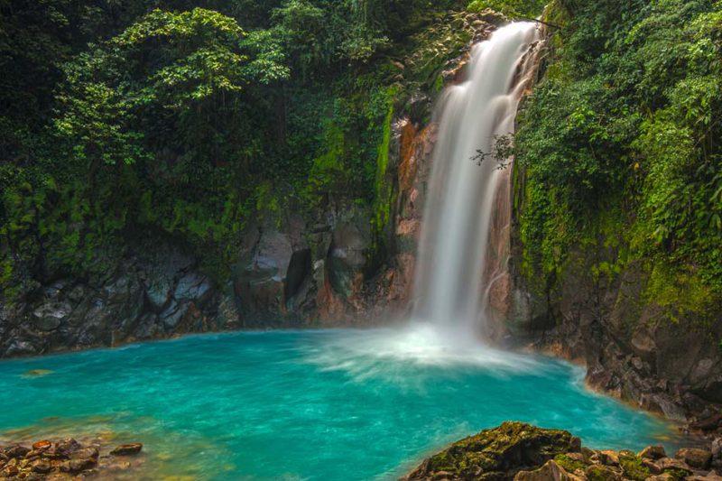 air terjun rio celeste kosta rika