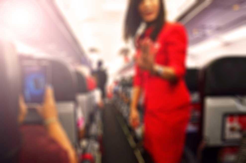 Catat! 8 Hal Berikut ini Bisa Bikin Kamu Diusir dari Pesawat Lho