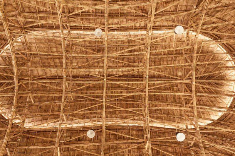 gedung lapangan basket dari bambu 1