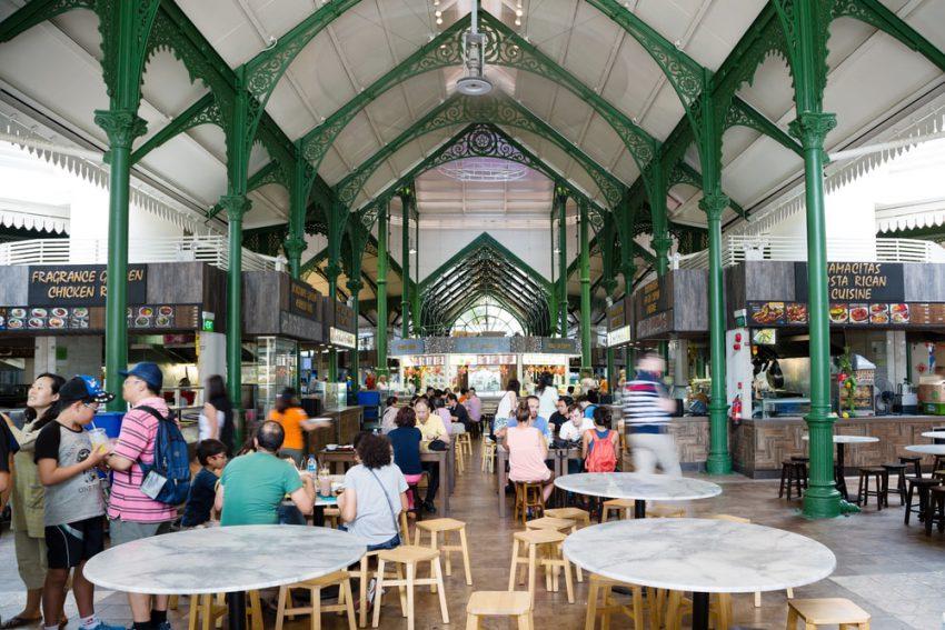 5 Tempat yang Jadi Surganya Street Food di Singapura