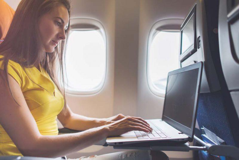 terlalu banyak duduk di pesawat berbahaya