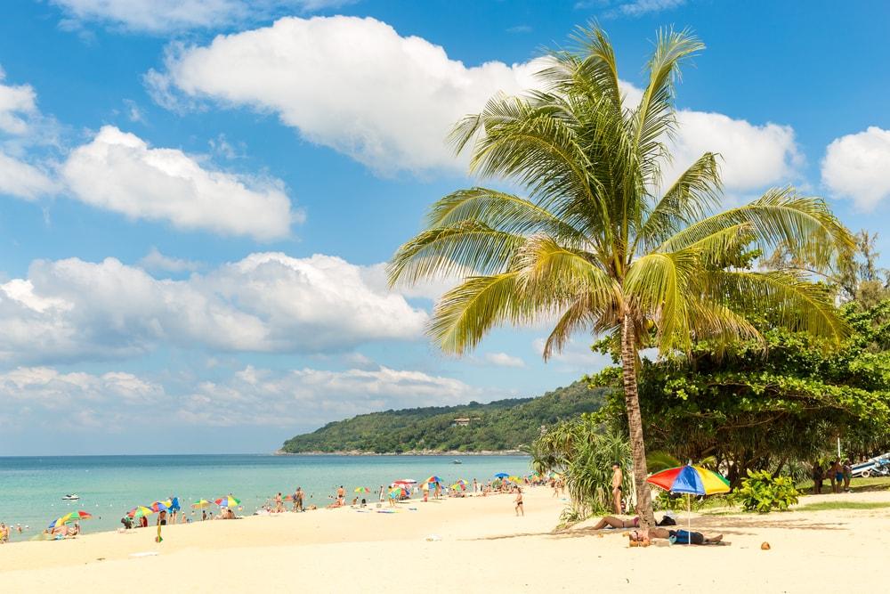 Hati-hati, Perokok Bisa Didenda Rp 40 Juta di Pantai Thailand!