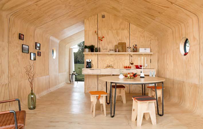 interior rumah dari kardus