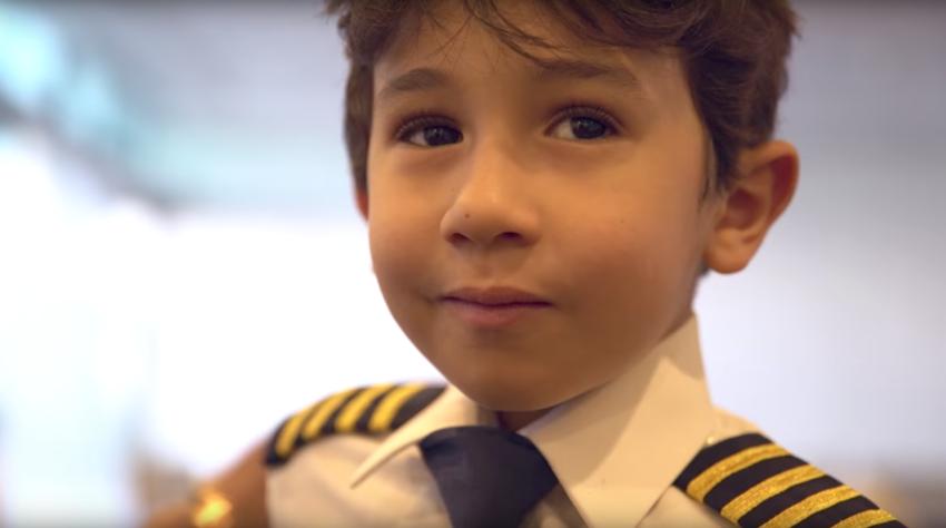 Keren, Etihad Airways Izinkan Bocah 6 Tahun Terbangkan Pesawat