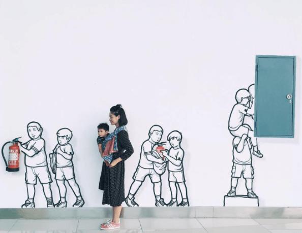 Mural Terminal 3 Bandara Soekarno Hatta Jadi Lokasi Berswafoto yang Kekinian