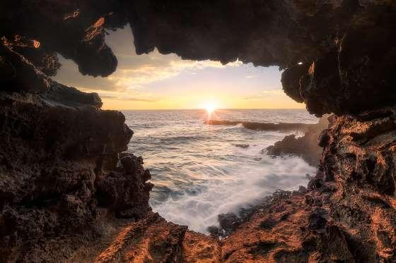 gua laut easter island
