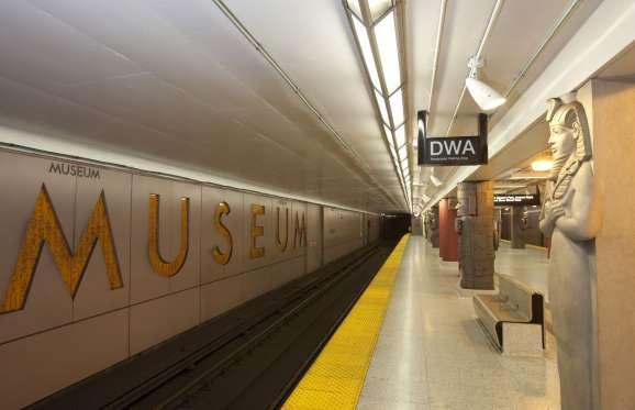 stasiun kereta bawah tanah di kanada