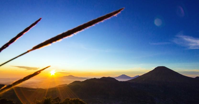 5 Tips Memotret Sunrise Pertama Tahun Baru 2018