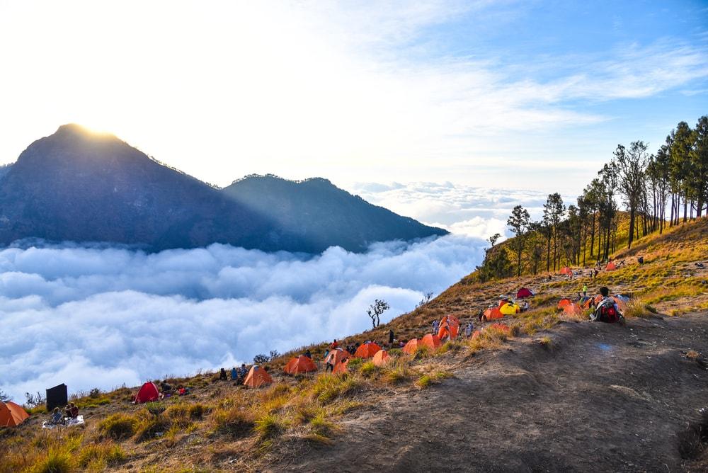 Cuaca Ekstrem, Jalur Pendakian Gunung Rinjani Ditutup