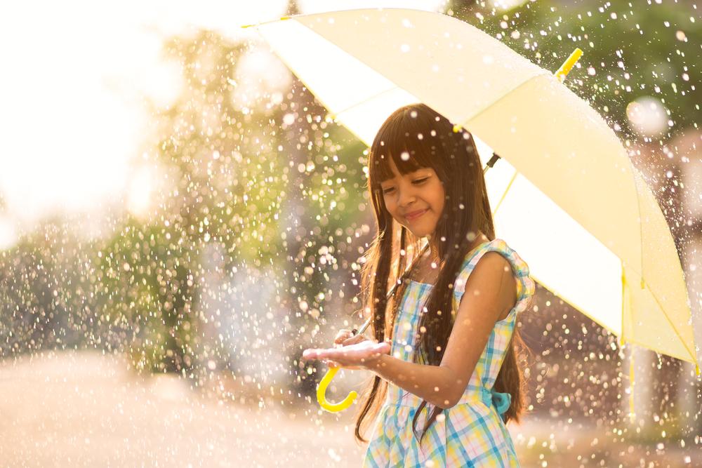 Traveling saat Musim Hujan, Ini yang Perlu Diperhatikan