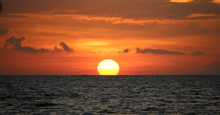 sunset tahun baru