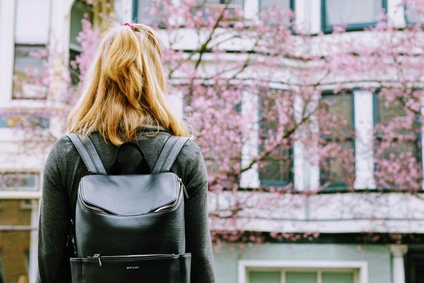tips membeli backpack
