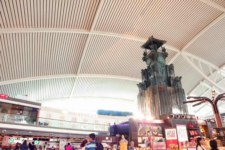 Bandara Unik di Indonesia Tak Kalah dengan Bandara di Luar Negeri