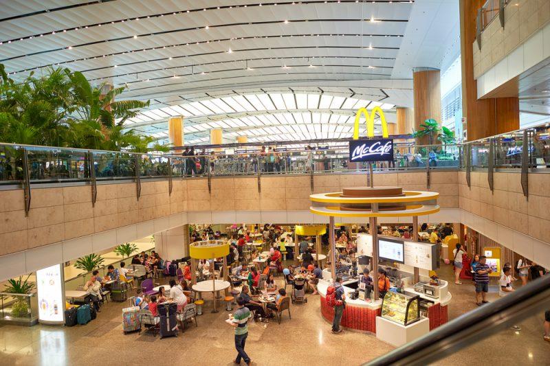 Tempat Makan Murah di Bandara Changi
