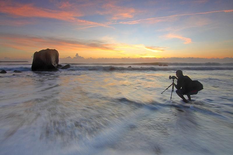 Tips Foto Saat di Pantai