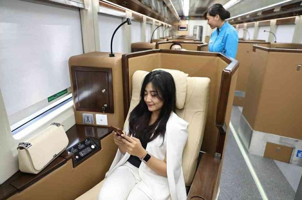 Yuk, Tengok Interior dan Fasilitas Sleeper Train yang Mewah Ini