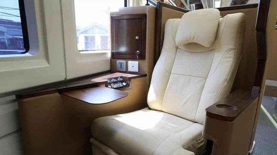 fasilitas sleeper train