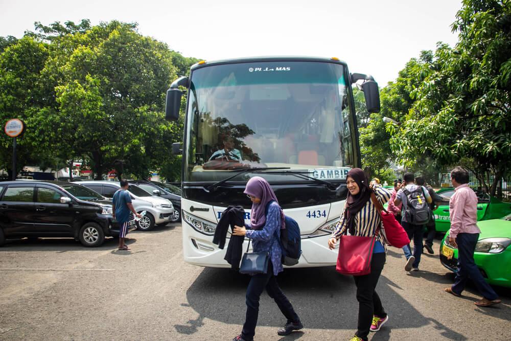 tips mudik aman naik bus