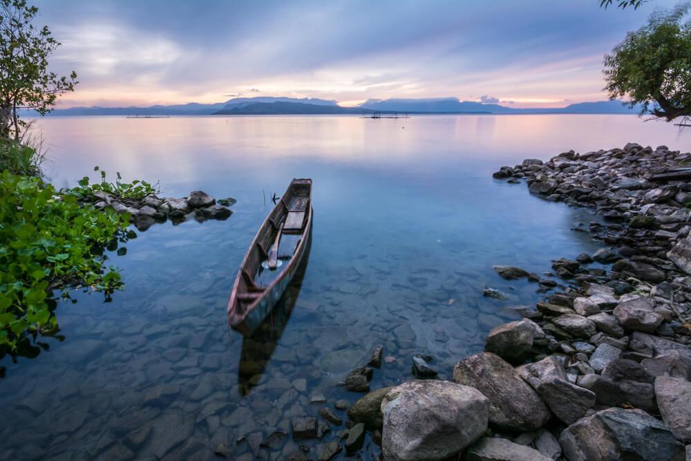 Di Balik Indahnya Danau Toba Tersimpan 6 Kisah Mistis Ini