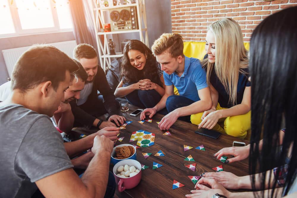 5 Permainan Kelompok Paling Seru yang Bisa Dimainkan Saat Ikut Open Trip