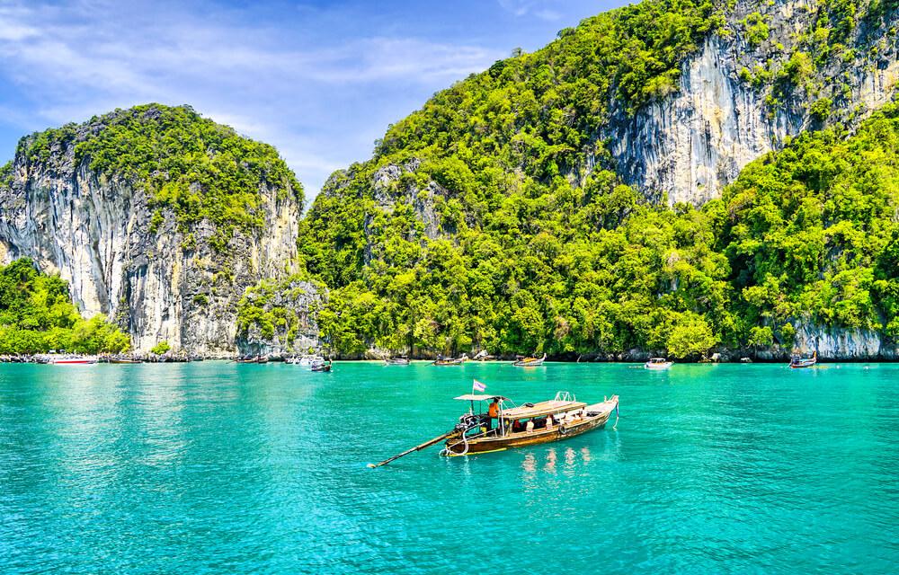 6 Destinasi Pilihan di Thailand yang Bikin Liburan Makin Berkesan
