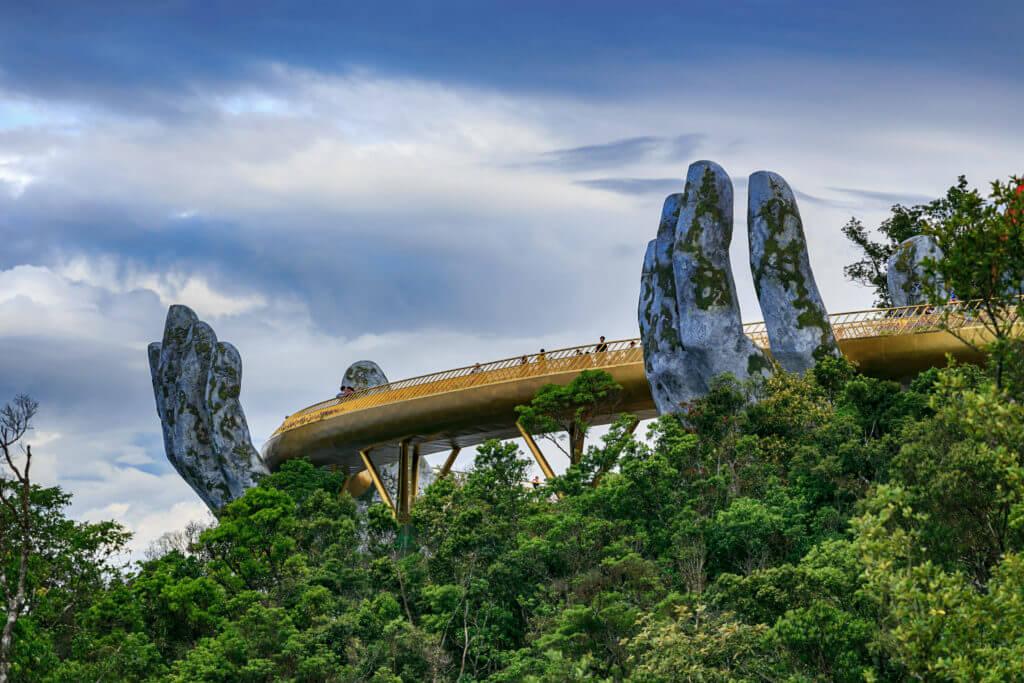 Kunjungi 5 Jembatan Terunik di Dunia, Liburan Makin Komplit