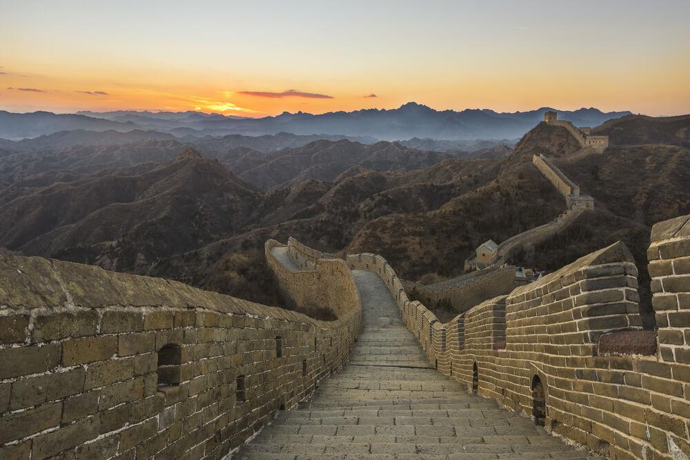 menginap di tembok besar China
