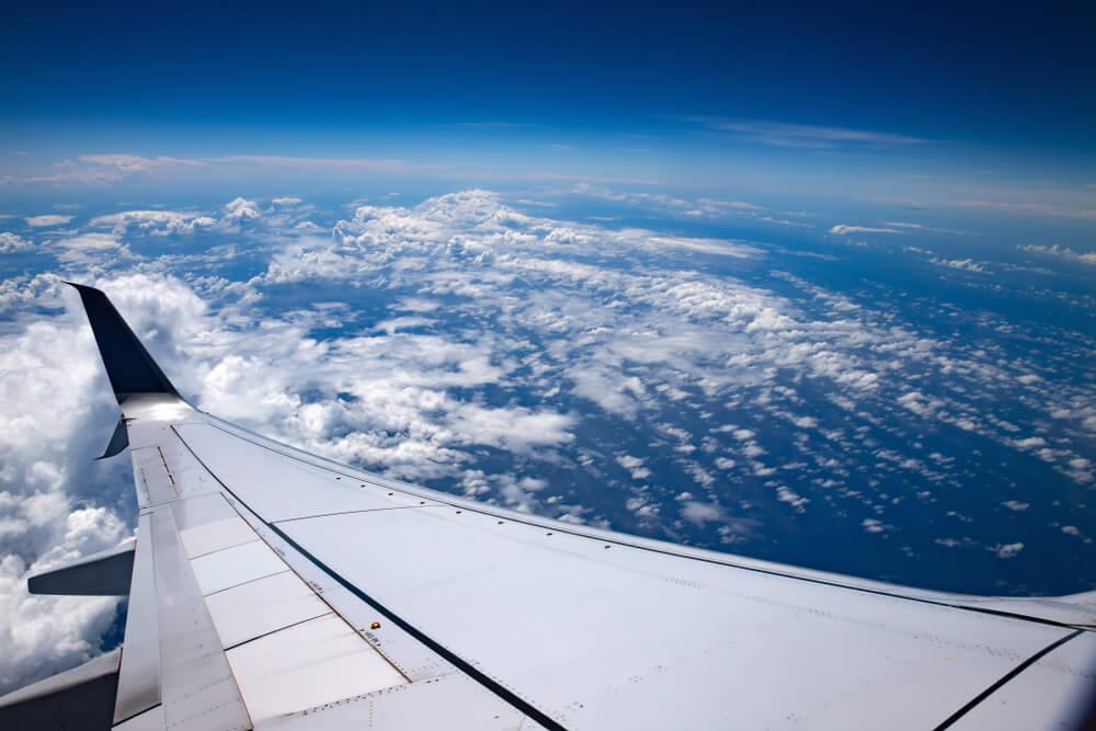 Ini yang Terjadi Jika Pintu Pesawat Dibuka saat Terbang