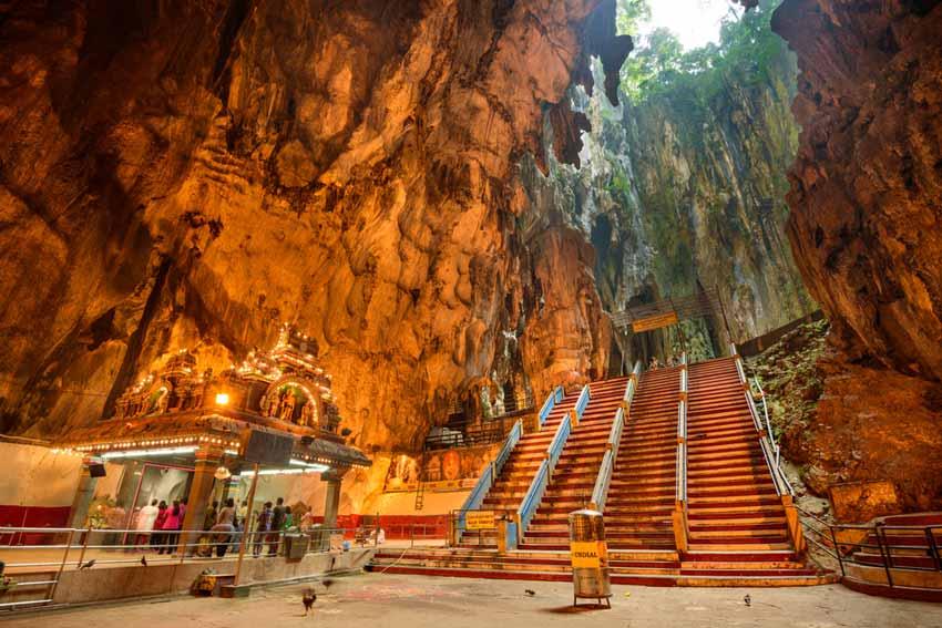 Minim Budget ke Luar Negeri? Kunjungi Tempat Wisata Backpacker di Malaysia Saja
