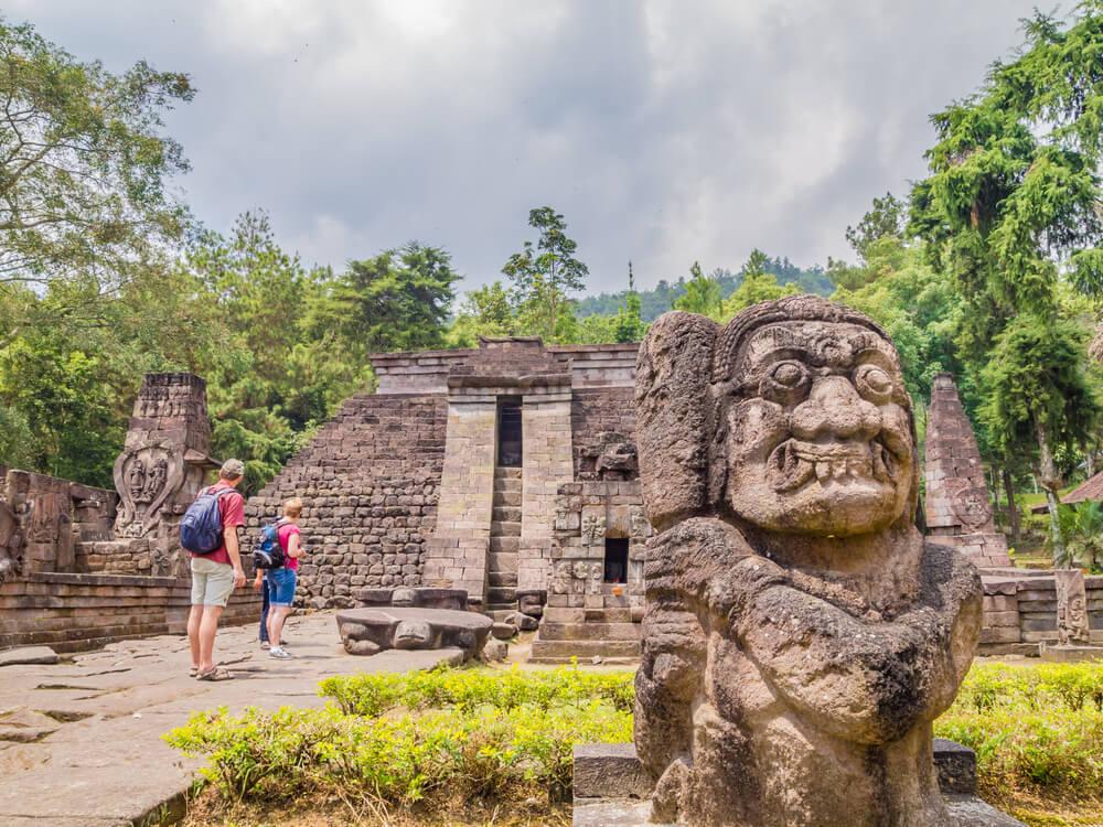 Tempat Wisata Ini Bukan di Luar Negeri Lho, Semua Berada di Indonesia