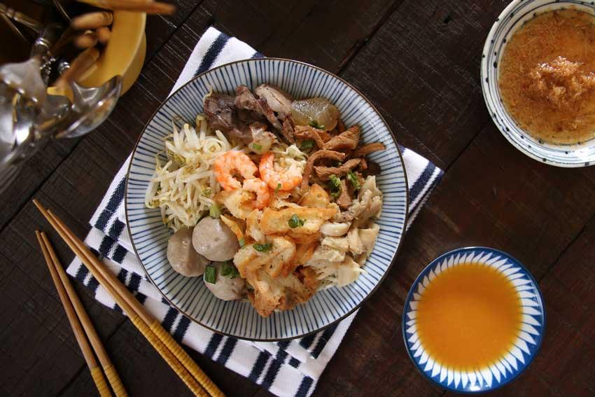 9 Makanan Khas Kalimantan Barat, Komplit dari Camilan Hingga Makanan Berat